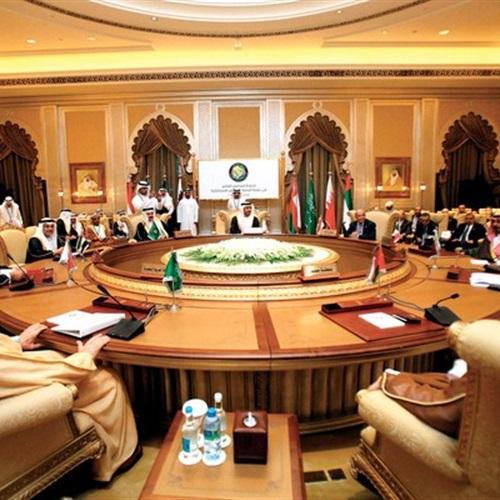 : مصر تنضم عسكريًا إلى  التعاون الخليجي  وتوسع نفوذها بالمنطقة