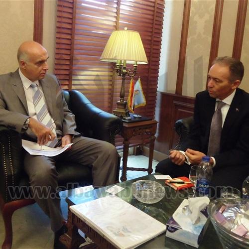 : وزير السياحة يلتقي سفير أستراليا بالقاهرة لبحث التعاون