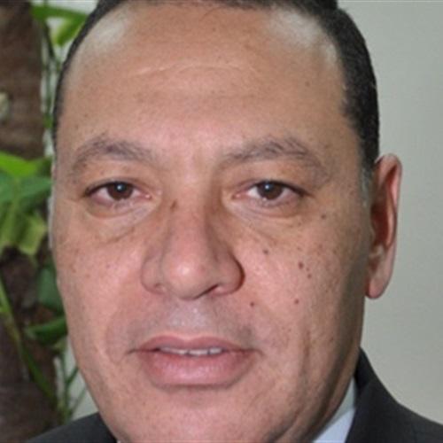: مجلس جامعة قناة السويس يكرم الدكتور سامي هاشم