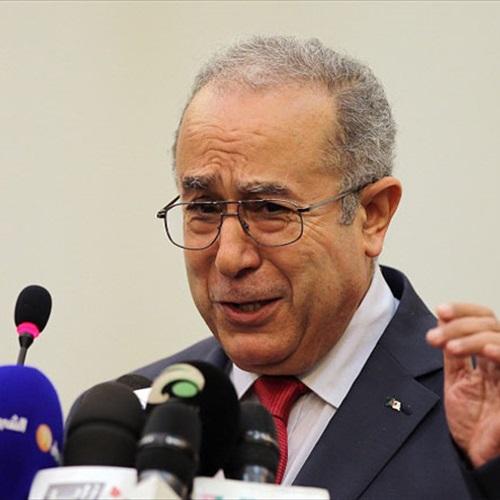 : الجزائر وروسيا تشددان على أهمية إيجاد حل سياسي عاجل للأزمة فى سوريا