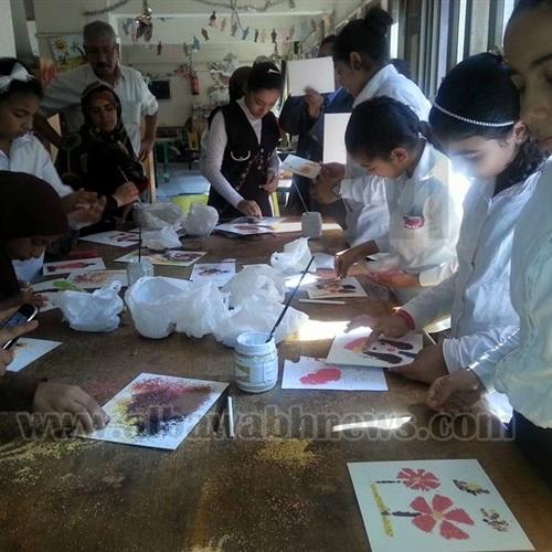 : بالصور.. ورشة فنية لتعليم الرسم على الجرانيوليت بالمنيا