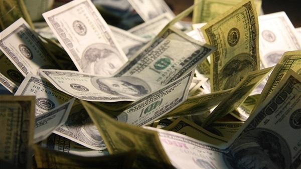 البنك المركزي يحجم المعاملات الدولارية