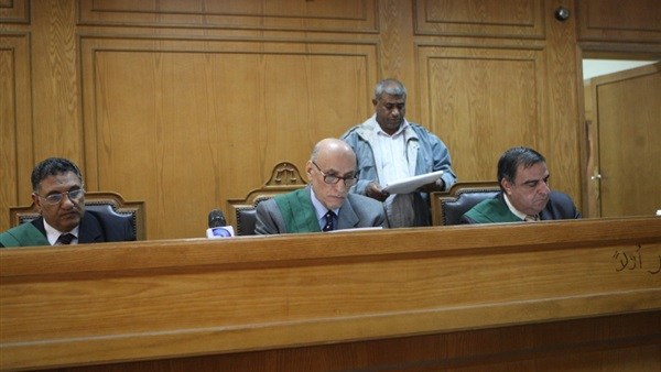 """28 أغسطس أولى جلسات محاكمة """"جنينة"""" بتهمة سب """"الزند"""" 226"""