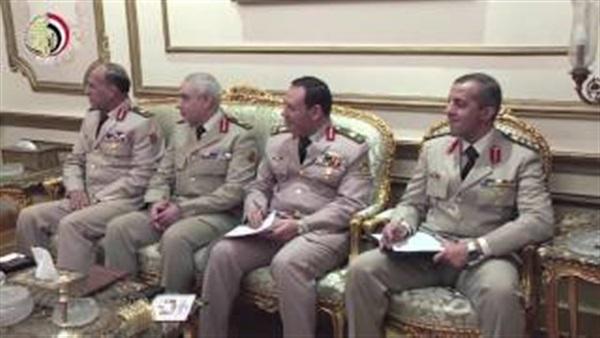 الفريق أول صدقي صبحي يستقبل وزير الدفاع البريطاني
