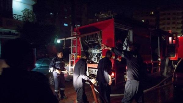 """""""الحماية المدنية"""" تدفع بـ10 سيارات إطفاء لإخماد حريق مديرية أمن الجيزة"""