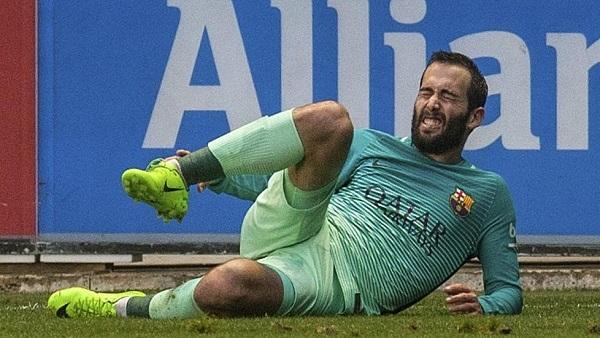 إصابة مروعة لنجم برشلونة في الدوري الإسباني
