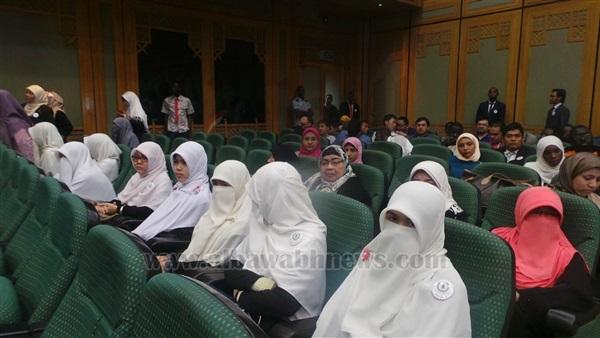 طالبة من الشيشان ترصد مشاكل الفتيات المبعوثات في ورقة بحثية بـ