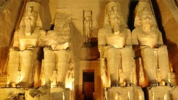 مواطن يشارك بلقطات فنية تظهر روعة معالم مصر السياحية وجمال طبيعتها