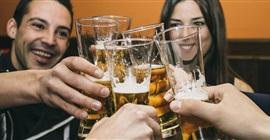 تعاطي المراهقين للكحوليات يزيد من مخاطر أمراض الكبد