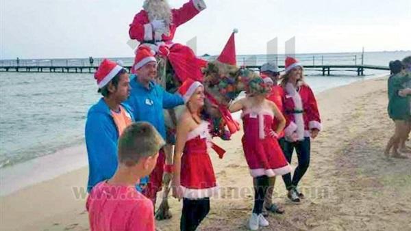 بابا نويل يعود لـمرسى