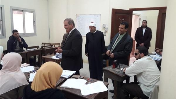 : رئيس جامعة الأزهر يتفقد كلية الدراسات العليا