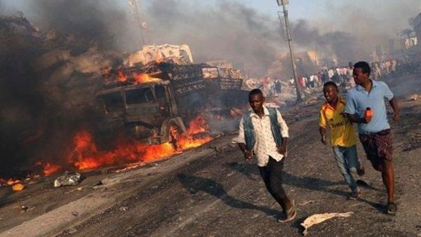 البوابة نيوز: بالفيديو..  حركة الشباب  تتبنى تفجير سيارة مفخخة في الصومال