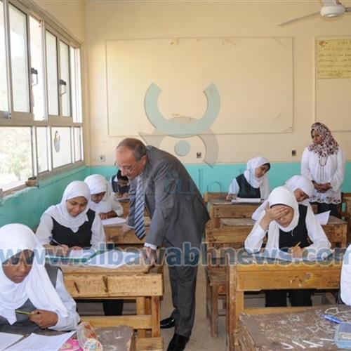 5876 طالبًا يؤدون امتحان الثانوية العامة نظام حديث بأسوان
