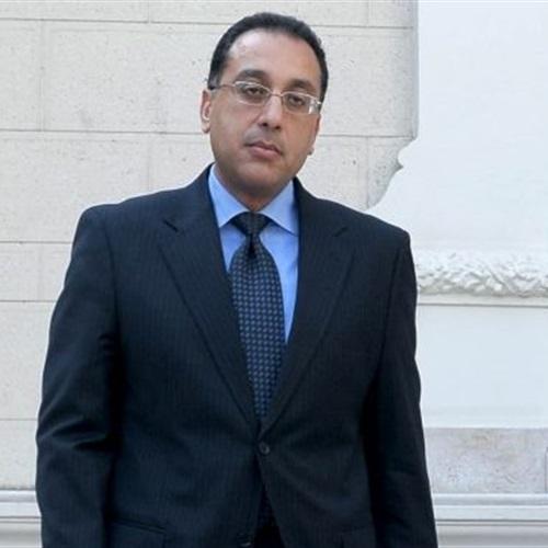 مدبولي السيسي أمر بسرعة استرداد أراضي الدولة المغتصبة أثناء الانفلات الأمني