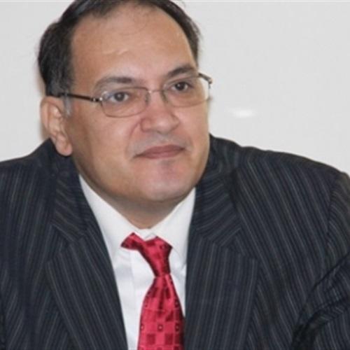 :  أبو سعدة : الحكومة تتصرف بلا مسئولية وكأنها في  جزر منعزلة