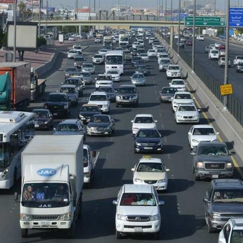 : المرور: الدفع بـ55 كاميرا تليفزيونية وزيادة خطوط الإغاثة لضبط الحالة المرورية