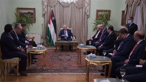 الرئيس الفلسطيني يلتقي كبار الإعلاميين المصريين