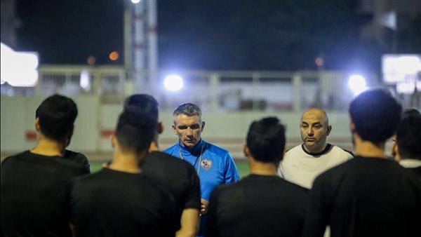 أزمة داخل فريق الكرة بالزمالك بسبب فاروق جعفر وحسين السيد