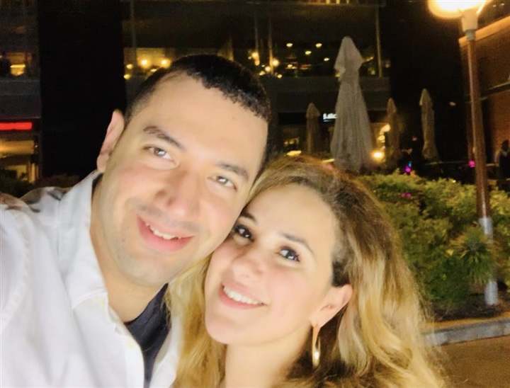 نشطاء تويتر يعلقون على صورة معز مسعود وشيري عادل