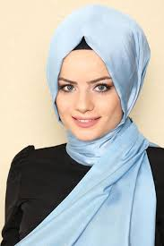 f2f45605543a1 تعرفي على موضة لفة الحجاب لعام 2019 بالصور.. تعرفي على موضة لفة الحجاب لعام  2019 ...