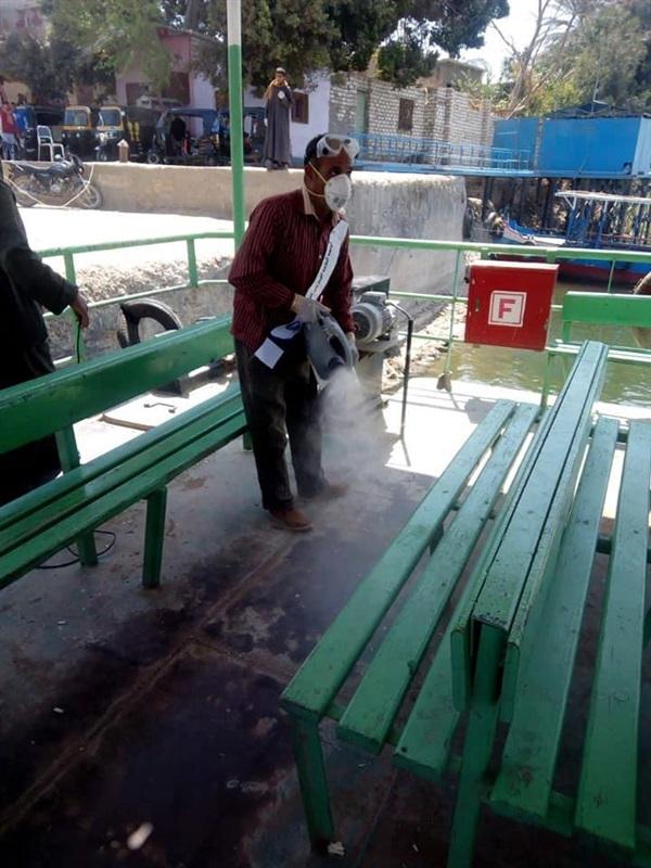 محافظ المنيا يتابع أعمال التطهير للقطاعات الخدمية والأماكن العامة