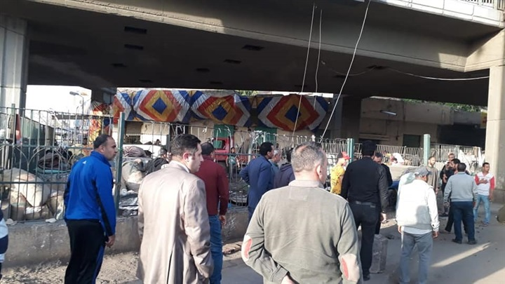 صور.. إزالة سوق حي الساحل للبلح ورفع الإشغالات المحيطة به