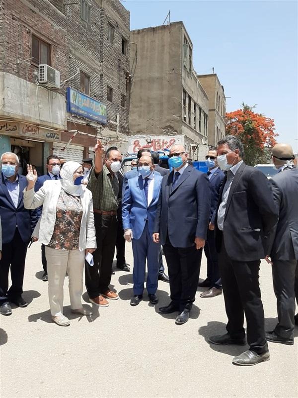 بالصور.. محافظ القاهرة ووزير التنمية المحلية يتفقدان إزالة الإشغالات بمحيط مستشفى57357
