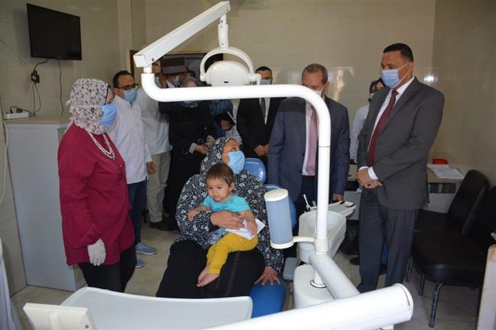 بالصور.. محافظ الدقهلية يدشن حملة التطعيم ضد شلل الأطفال