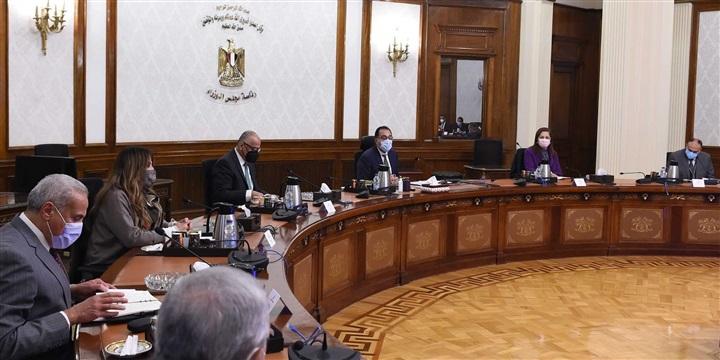 رئيس الوزراء يستعرض إستراتيجية البنك المركزي للأمن السيبراني