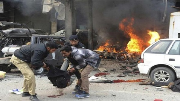 باكستان - انفجار قنبلة في مركز تجاري في لاهور تتسبب بمقتل عشرة اشخاص