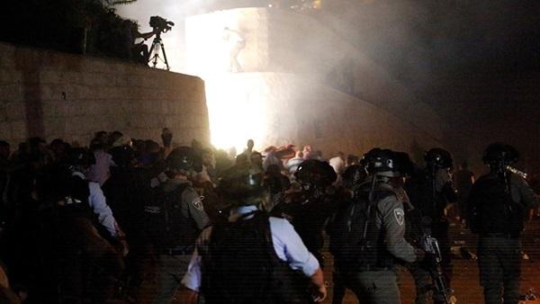 الاعتداءات ضد المسجد