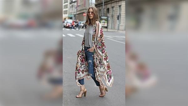 7a25ac9dd البوابة نيوز: بالصور.. طرق ارتداء الملابس المنقوشة لموضة صيف 2018