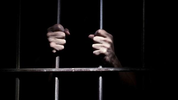: حبس عاطل قتل عاملًا بسبب خصومة ثأرية