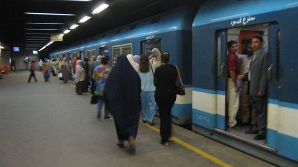 : وفاة شخص أسفل عجلات مترو الشهداء