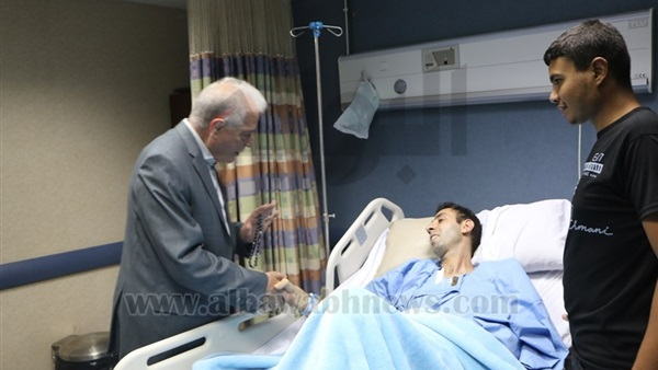 :  فودة  يطمئن على المرضى بمستشفى شرم الشيخ الدولي