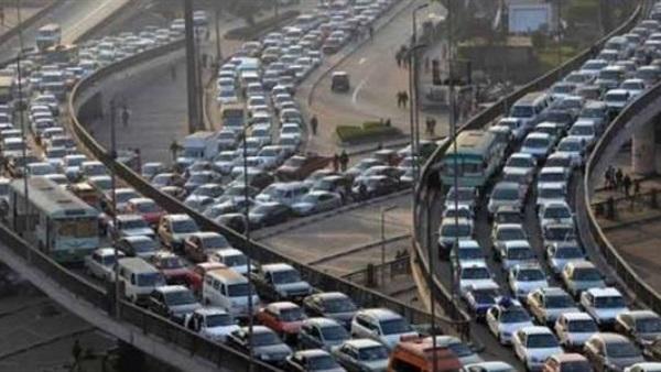 : شلل مروري أعلى وصلة المريوطية اتجاه الصحراوي بسبب حادث تصادم