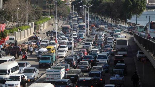 : كثافات مرورية بشوارع القاهرة والجيزة