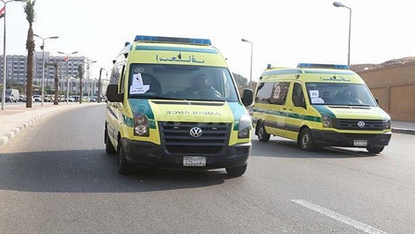 : إصابة 5 أشخاص في حادث تصادم بين 4 سيارات بطريق كورنيش النيل