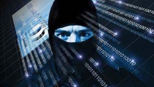 : كيف استطاع  داعش  المناورة على الفضاء الإلكتروني؟.. مرصد الأزهر يجيب