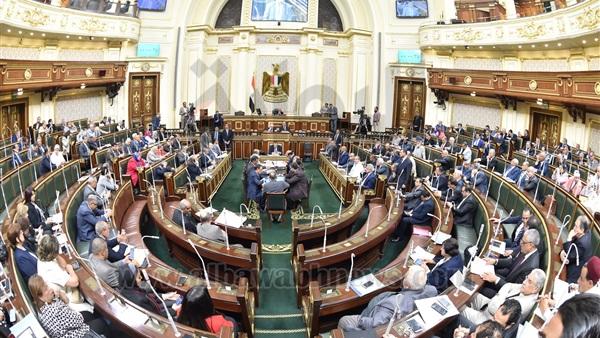 البوابة نيوز: برلمانية تتقدم مجددا بأول تشريع يحمي الباعة الجائلين