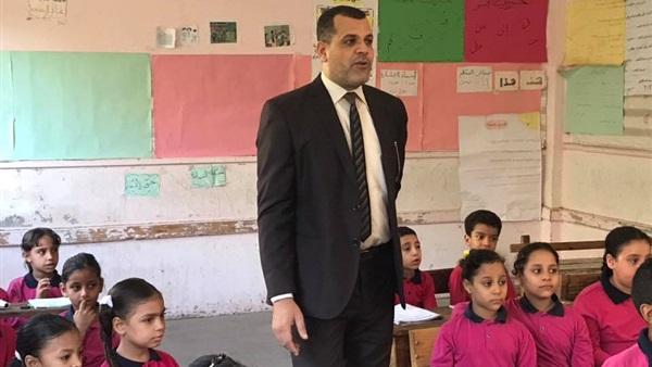 : مدير  تعليم الساحل  يتفقد عددا من المدارس للاطمئنان على سير الدراسة