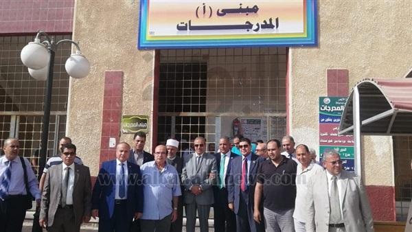 : رئيس جامعة الأزهر يتفقد كليتي طب البنين والبنات بدمياط