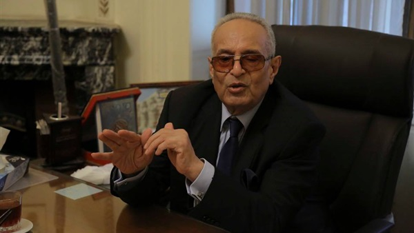 : أبو شقة يطالب بوزارة أزمات لمواجهة الشائعات