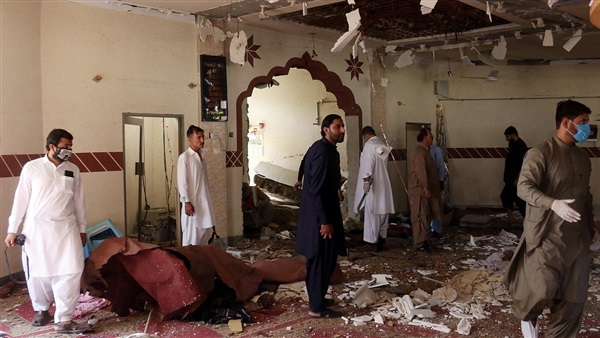 : مقتل وإصابة 35 شخصا إثر تفجير مسجد في باكستان