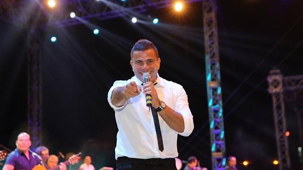 البوابة نيوز: عمرو دياب يتخطى المليون مشاهدة بالفيديو التشويقي لـ هيعيش يفتكرني