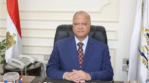 البوابة نيوز: محافظ القاهرة يوجه برفع المخلفات وإشغالات الباعة الجائلين بمحيط المدارس