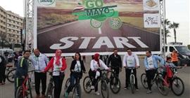 البيئة تشارك بماراثون الدراجات بمدينة 15 مايو وتزرع 500 شجرة