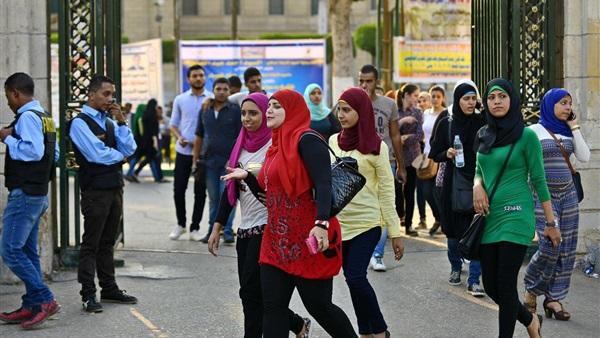 : هاشتاج  إلغاء الترم الثاني للجامعات  يتصدر تويتر