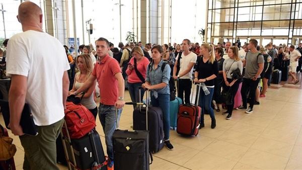 : موسكو: توفير رحلات طيران لإعادة الروس من شرم الشيخ والغردقة غدا