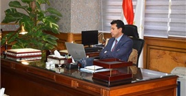 وزير الرياضة يلتقى رؤساء برلمان الشباب أون لاين